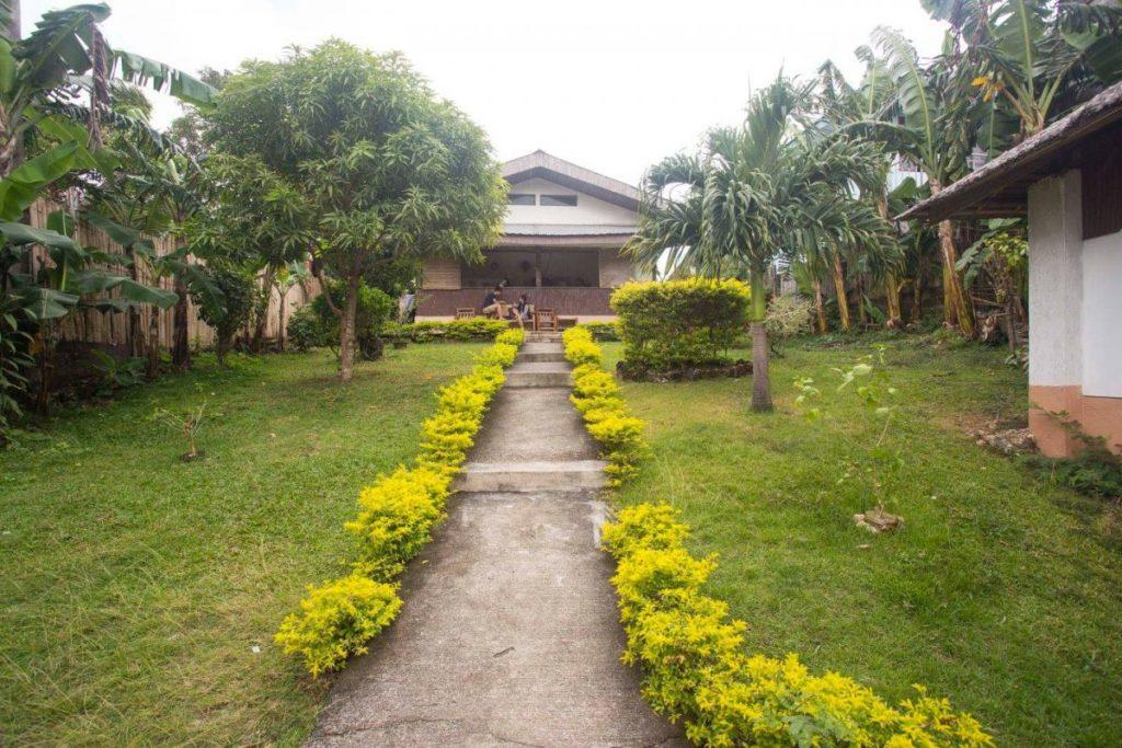 Boracay Accommodation Dorm Paradise English school