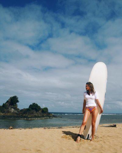 Puraran English and Surfing school beach