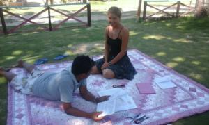 Puraran English class on the beach