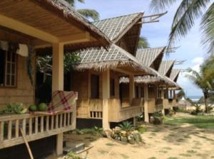 Puraran accommodation bungalow on the beach