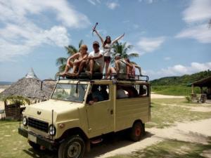 Puraran explore island on jeep