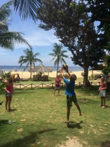 Puraran volleyball on the beach English school activity
